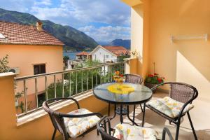 A balcony or terrace at Apartments Castello