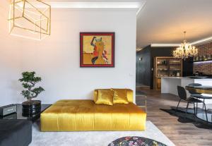 A seating area at ALQUIMIA DOS ALIADOS - Gorgeous Palace Apartment