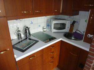 A kitchen or kitchenette at Meerblick
