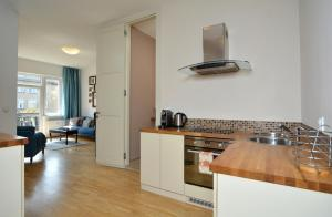 A kitchen or kitchenette at Sunny Terrace