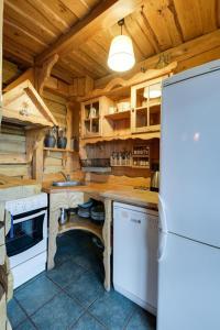 Kuchnia lub aneks kuchenny w obiekcie U lawendowej wiedźmy