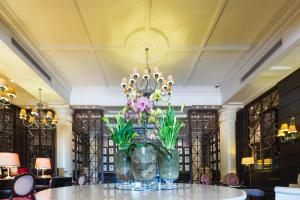 The lobby or reception area at Cape Royale Apartment 810