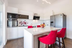 Kuchyň nebo kuchyňský kout v ubytování Apartment 4you