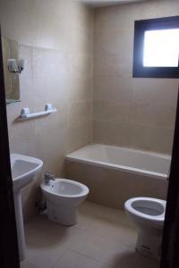 Salle de bains dans l'établissement Marina Saidia