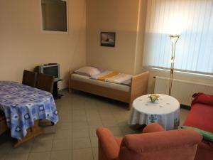 Ein Sitzbereich in der Unterkunft Elbe Ferienwohnung