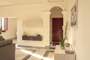A bathroom at Via Roma