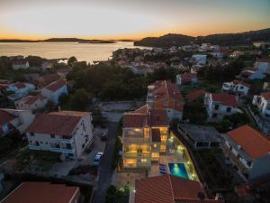 A bird's-eye view of Apartments Pralija