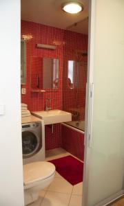 A bathroom at The Family's Nest