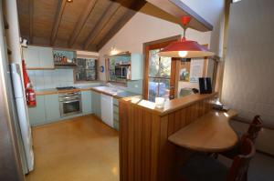 A kitchen or kitchenette at High Plains