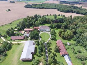 Widok z lotu ptaka na obiekt Herrenhaus Samow