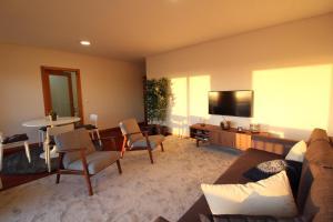 A seating area at Agudela Vista Mar