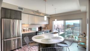 Una cocina o zona de cocina en Sole by KVR