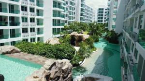 A view of the pool at Amazon Condominium or nearby
