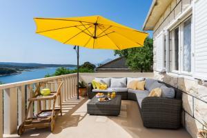 Un balcón o terraza de Holiday Home Vallis