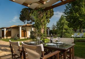 Εστιατόριο ή άλλο μέρος για φαγητό στο Fragos Garden Studios