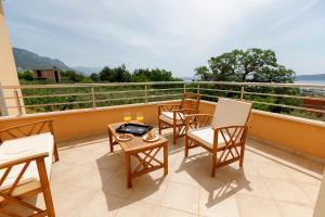 Balkón alebo terasa v ubytovaní Luxury Villa Castrum