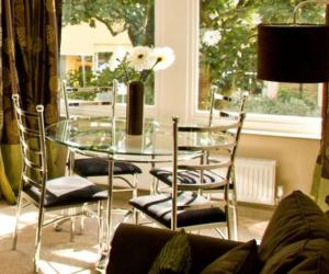 A restaurant or other place to eat at Harrogate Boutique Apartments