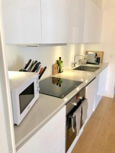 A kitchen or kitchenette at Nyhavn 31E