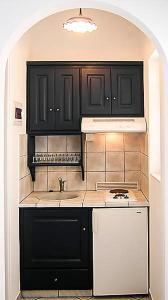 A kitchen or kitchenette at Agnadio Studios
