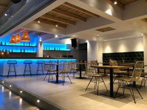 Ο χώρος του lounge ή του μπαρ στο Johannes Apartments
