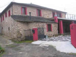 40 Alojamientos Con Piscina En Folgoso Do Courel Lugo