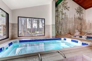 The swimming pool at or near Evergreen Condominiums by Keystone Resort