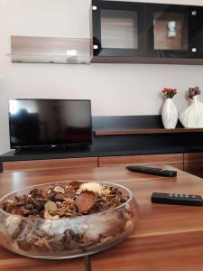 Telewizja i/lub zestaw kina domowego w obiekcie Apartament Kielce Lecha