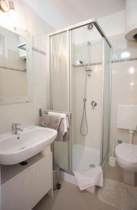 Kupaonica u objektu Apartment Dolly Bell