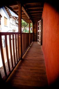 Un balcón o terraza de Apartamentos Rurales Casa De Los Escudos