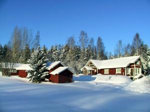 Männikkölän Pirtti talvella