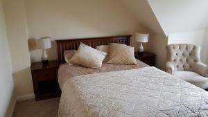 A bed or beds in a room at 458 Falmer Road