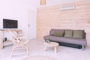 A seating area at Apartamentos Catharina Maria
