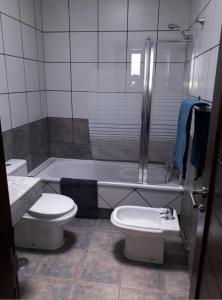 A bathroom at Villa Danko