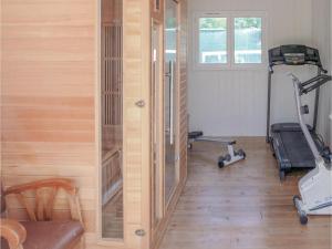 Salle ou équipements de sports de l'établissement Four-Bedroom Holiday Home in Villeneuve Sur Lot