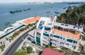 A bird's-eye view of Cassabella Hotel & Apartments