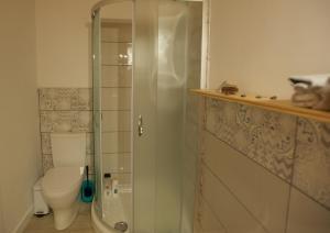 Ванная комната в Molino de el Roque
