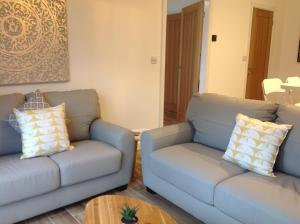 A seating area at Springfield Apartments, Hawarden