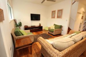 A seating area at Trial Bay Eco Lodge 2 Pandanus