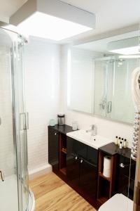 A bathroom at Fishergate Apartments