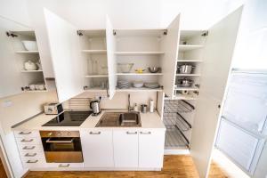 Η κουζίνα ή μικρή κουζίνα στο Prague Authentic Apartment at Historical Square