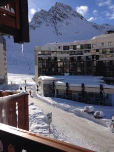 Résidence le hameau du borsat during the winter
