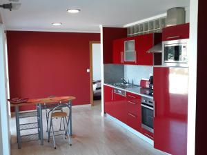 A kitchen or kitchenette at Portela Susa
