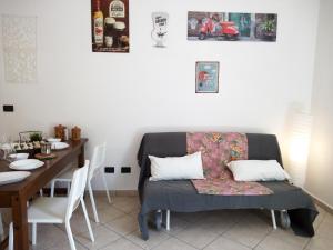 Ein Sitzbereich in der Unterkunft Al Torrione