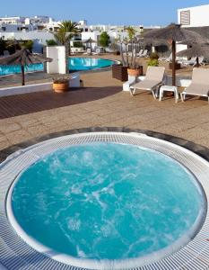 The swimming pool at or near Bungalows Coloradamar