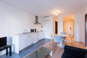 A kitchen or kitchenette at Alfama - Lisbon Lounge Suites
