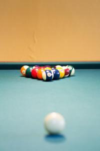 A pool table at Casa Amarela