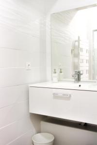 Salle de bains dans l'établissement Aux Iles d'Or