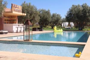The swimming pool at or close to Villa Kristy