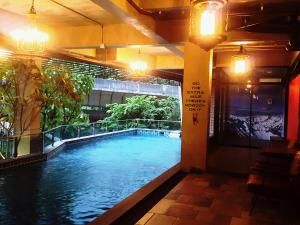 The swimming pool at or close to Rent V38