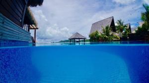 The swimming pool at or close to Oa Oa Lodge
